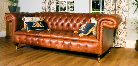 leather sofa the original chesterfield sofa designersofas4u blog. Black Bedroom Furniture Sets. Home Design Ideas