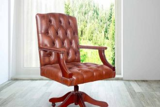 How to Clean the Leather Seats in Your Office  %Post Title