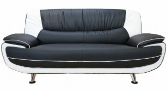 Leather sofas in the UK  %Post Title