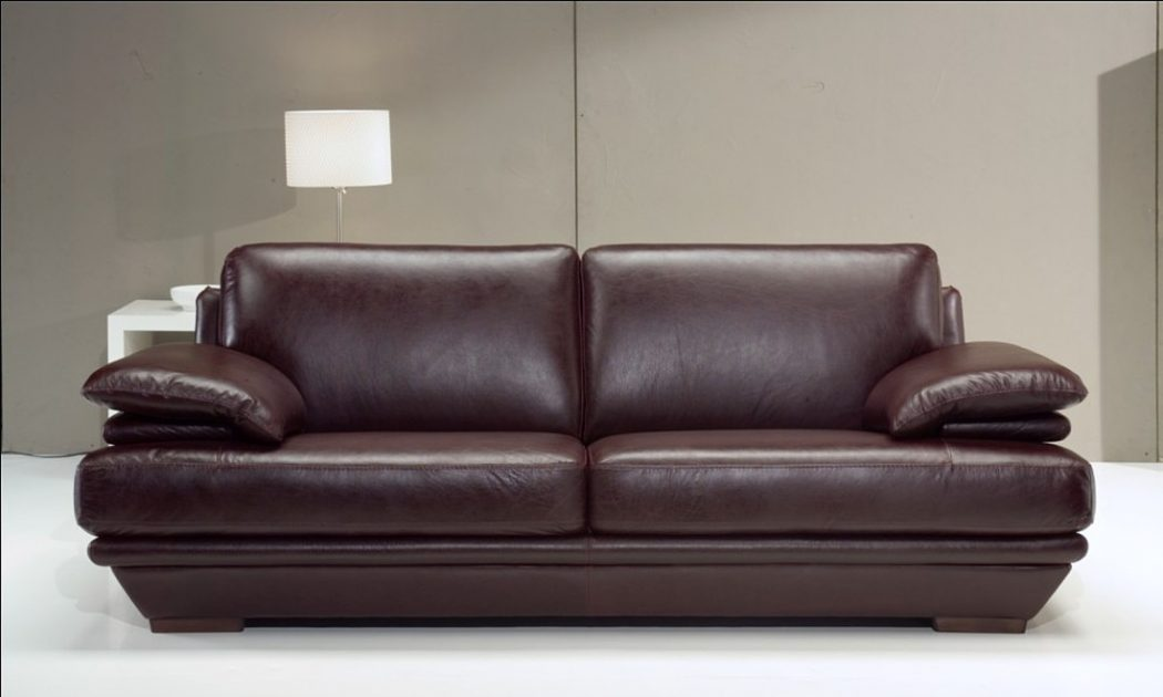 GET RID OF NAIL POLISH FROM LEATHER SOFAS | Designersofas4u Blog