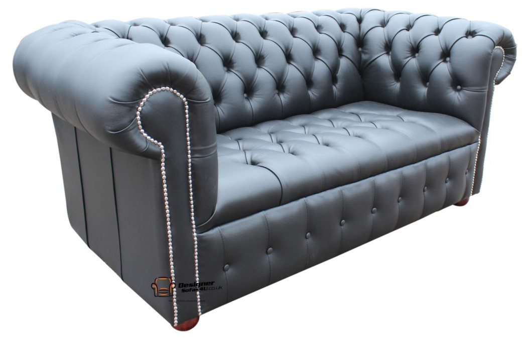 chesterfield-2-seater-black-buttoned-seat
