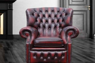 Ireland Chesterfield Chair Showcase their Love for Antique artifacts!  %Post Title