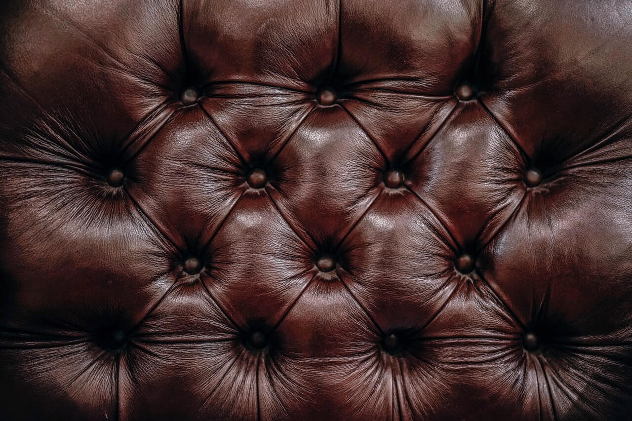 chesterfield leather (1)