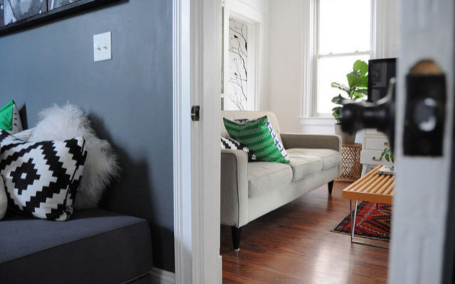 How to Decorate a Rented Home