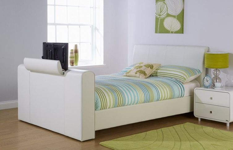 New York Kingsize TV Bed White Faux Leather