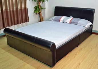"Vermont Sleigh 4'6"" Double Bed Available In Black Or Brown Faux Leather"