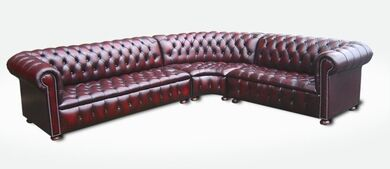 Chesterfield Corner Sofa Unit (with arm)