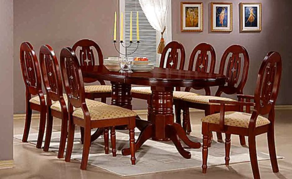 Moscow Dining Table Set in Mahogany with 6 Chairs & 2 Carvers