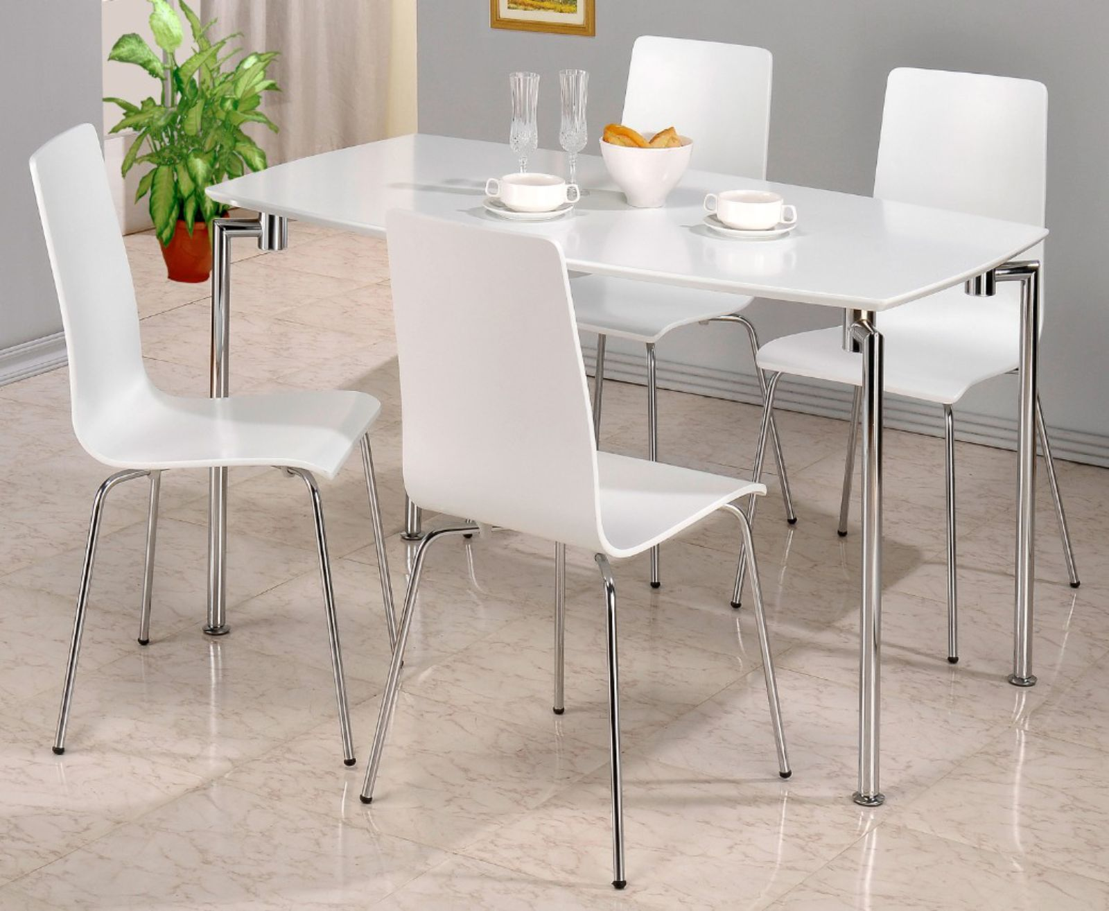 Fiji White High Gloss Rectangular Dining Table With 4 Chairs