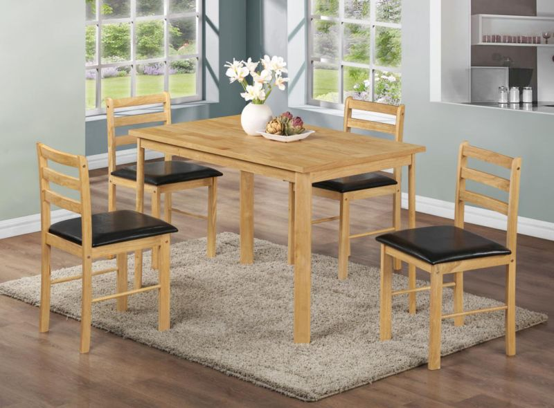 Nice Dining Table in Natural Pine with 4 Chairs