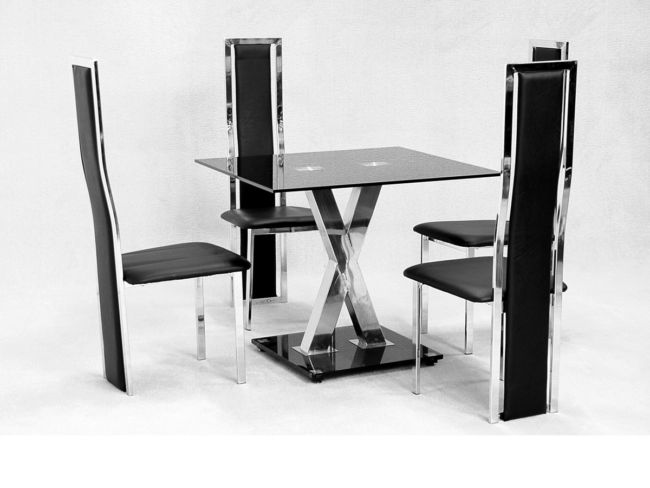 Paxel Small Dining Table in Black Glass with 4 Black Or Cream Dining Chairs